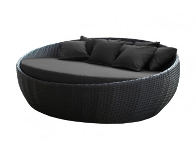 Gorgeous sleek black day bed. Large size. Great for outdoor weather in Perth.