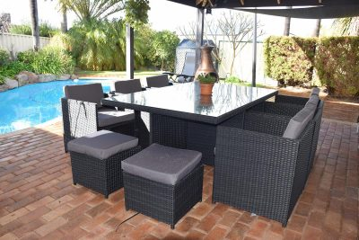 Made of high quality and contemporary wicker. A durable all-weather setting for the patio.