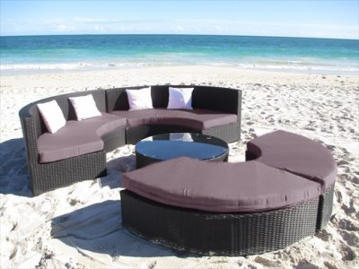 Gorgeous large round wicker outdoor lounge. Circular shape. Perfect for all weather in Perth. Lasts in the sun and rain.