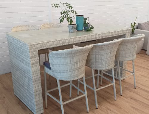 Luxury 6 Seat Outdoor Wicker Bar Setting with Curved Chairs for Perth